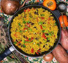 Vegetanie - wegetariańskie przepisy, tanie i szybkie dania domowe, warzywa w kuchni: Kasza bulgur - odsłona druga :) Obiad w 30 min. Paella, Vegetarian, Dinner, Ethnic Recipes, Food, Diet, Cuba, Bulgur, Dining