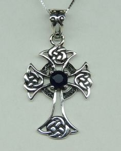 Ghotik Kreuz 0,3 Carat Iolith Anhänger 925 Silber Wassersaphir Collier Kette