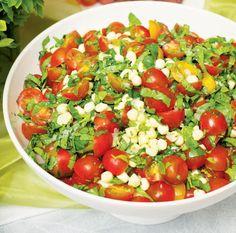 Helmimozzarella-salaatti Food Tasting, Allrecipes, Salsa, Taste Food, Veggies, Gluten Free, Baking, Ethnic Recipes, Glutenfree