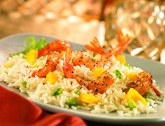 IIt's time to indulge in summer flavors! Cook up our Jasmati rice and discover the amazing taste of this Indian Spiced Shrimp on Coconut Pineapple Rice
