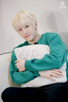 Happy Birthday JinJin!