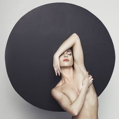 https://flic.kr/p/uspDWu   Nude elegant woman   Fashion studio photo of nude elegant lady in giant black hat. Health and beauty