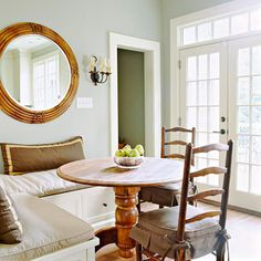 This corner breakfast banquette is stylish and cozy.