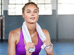 Du hast keine Zeit für Sport? Die Ausrede zählt nicht mehr! Denn mit HIIT-Training erzielst du schon nach wenigen Minuten Erfolge. Hast du