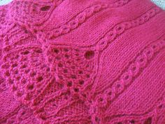 Ravelry: Tiare Shawl & Scarf by Wendy Neal