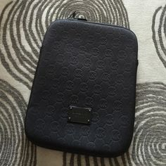 MK iPad case/bag Black authentic Michael Kors iPad case. Great condition soft inside lining with padding to keep you iPad safe from harm. Black metal MK plate on front. Michael Kors Accessories Tablet Cases