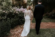 Schedeen + David's intimate autumn wedding is simply perfection! Live on the blog now ***Link in bio*** Schedeen looked stunning in the 'Danna' lace gown from the BESPOKE collection by @kwhbridal. 📷 – @theevokecompany • Florist – @littlebirdbloom • Celebrant @creative_celebrations_by_mary • Menu – @chefinyourkitchen • Venue - @montroseweddings  /Follow us @kwhbridal