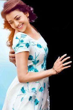 Beautiful Girl Photo, Beautiful Girl Indian, Most Beautiful Indian Actress, Beautiful Actresses, Cute Love Couple, Girl Couple, Indian Film Actress, Indian Actresses, Beautiful Heroine