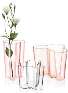 Stained glass #vase ALVAR AALTO by iittala | #design Alvar Aalto (1936) @iittalaofficial