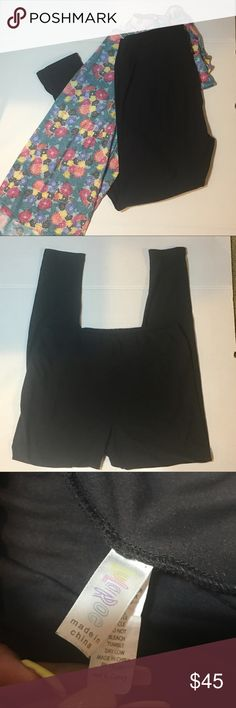 🦄Major Unicorn🦄LuLaRoe TC Black Leggings *SOLID BLACK* Very hard to find 🦄Unicorn🦄 used 2 times only, they are in excellent condition  These beautiful, extremely soft, solid black Lularoe leggings are very hard to come by. Most consultants have lists of hundreds of people waiting for them. NOT a consultant! Fast shipping M-F!! Same day if purchased before 12:30noon PST and anything after will ship next day! LuLaRoe Pants Leggings