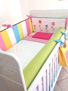 Agora te damos a possibilidade de montar o quarto do seu beb� da maneira que voc� imaginar! <br>Estamos aqui para te ajudar a receber seu beb�, desde a maternidade at� o quarto aconchegante. <br> <br>O kit � composto pelos seguintes produtos e seus respectivos valores: <br> <br>3 protetores: <br>Retos - 400,00 / 3 lados de rolos - 430,00 / Com aplique