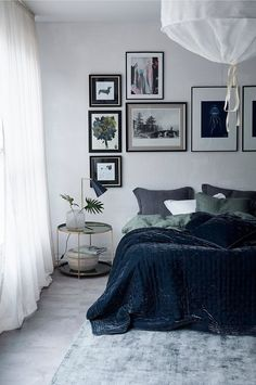 Cool Bedroom Ideas For Teenage, Kids, Twin, and You - DADS / nightstand / flowy curtains / framed pictures above bed Dream Bedroom, Home Bedroom, Kids Bedroom, Bedroom Artwork, Master Bedroom, Pictures Above Bed, Framed Pictures, Home Interior, Interior Design