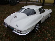 1963 Split Window Corvette, 327/300 HP, 4 Speed
