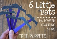 6 Little Bats Halloween Counting Song with free printable bats - Lots of learning and spooky fun! Halloween Songs, Halloween Math, Halloween Activities, Halloween Themes, Halloween Crafts, Halloween Night, Preschool Music Activities, Kindergarten Songs, Nature Activities