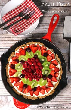 Fresh Fruit Pizza with a Whole Wheat Crust and Rich ButterCream! No refined ingredients. #healthyrecipes #summer