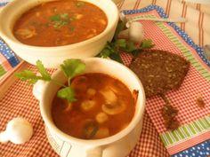 Zeleninová polievka so šampiňónmi   Míniny recepty Olympus Digital Camera, Chili, Soup, Chile, Soups, Chilis