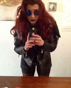 Feelin' myself @morgana_formenis ora non puoi dire nulla. #consiglidimakeup #rock #rockandroll #redhair #redhairdontcare #redhairgirls #redhead #gingerlicious #mirrorselfie #selfie #leatherjacket