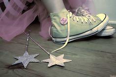stars, converse, and shoes image
