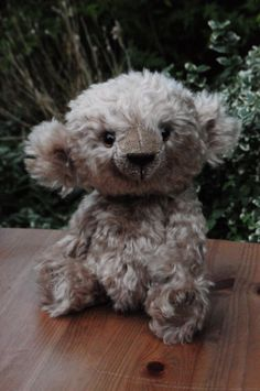 Cordelia (an original mohair teddy bear by BigFeetBears)