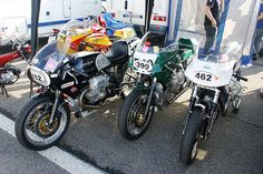 Presque le team officiel Guzzi ! (452 & 399 : 1000 Le Mans, 1978 & 462 : 1000 Le Mans, 1979) | Flickr - Photo Sharing!