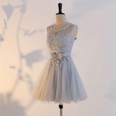 Compre Borgonha Cetim Curto Vestidos De Dama De Honra Com Faixa De Cristal 2019 Na Altura Do Joelho Vestido De Festa Lace Up Prom Vestidos De