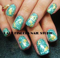 #nail #nails #nailart #nailporn #nailideas #naildesign #trendynails #gelnails #gelpolish #nailpolish #art #gelmanicure #manicure #glitternails #glitter #rockstarnails #rockstar #gold #goldleaf #squarenails #shortnails #green  #sexynails