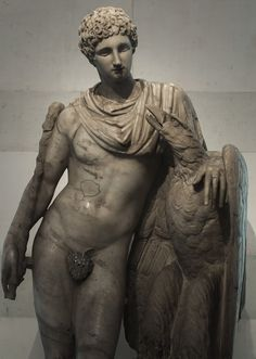 Ganymede and the Eagle. Marble. Roman copy of the 2nd cent. CE after a Greek original from the Praxiteles school, 3rd century BCE. Inv. No. A 950. Saint-Petersburg, The State Hermitage Museum. (Photo by Sergey Sosnovskiy).