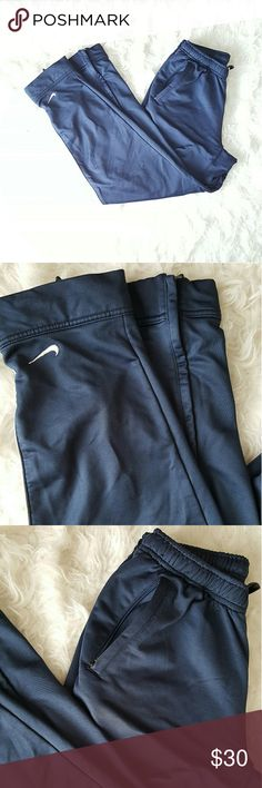 Nike sweatpants Drawstring Nike sweatpants with zipper pockets and zipper on ankle Nike Pants Sweatpants & Joggers