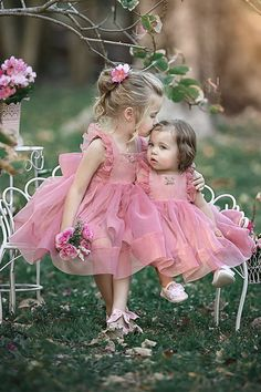 Couture Gowns & Dresses for Bridals, Bridemaids & Cute Babies Photography, Children Photography Poses, Baby Girl Dresses, Baby Dress, Flower Girl Dresses, Beautiful Children, Beautiful Babies, Baby Pictures, Baby Photos
