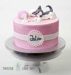 Kissa kakku. Cat themed cake