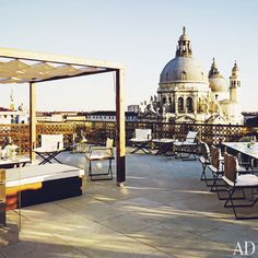 TRAVEL | PLACES : THE HISTORIC GRITTI PALACE, VENICE