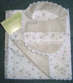 arrullo, toquita, mantita, arrullosytocas, arrullos, Baby Bibs, Baby Quilts, Projects To Try, Two Piece Skirt Set, Diy, Couture, Embroidery, Sewing, Handmade
