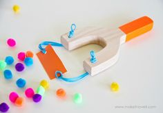 Looking for something fun to make with the kids? How about this DIY toy slingshot? A jazzed up version of an old classic.