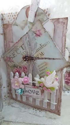 Shabby Chic-L.O.V.E-Valentine's Mini Album created by Annie(Msgardengrove1)