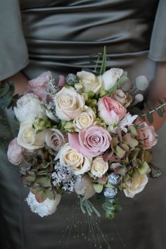 Flower Design Events: Beautiful Bridesmaids Bouquet in antique shades toning with pale green