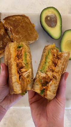 Chipotle Mayo, Chipotle Chicken, Bbq Chicken, Avocado Sandwich Recipes, Chicken Avocado Sandwich, Grilled Sandwich, Recipe Using Chicken, Cooked Chicken Recipes, Cooking Recipes