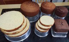 O Pão de Ló Perfeito com 4 Ingredientes é econômico, delicioso, fácil de fazer e ainda permite um acabamento perfeito para pasta americana. Experimente ess Sweet Recipes, Cake Recipes, Dessert Recipes, Malta, Pastel Cakes, Delicious Desserts, Yummy Food, Diy Cake, Love Cake
