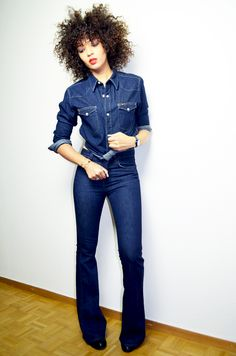 #mercredie #blog #blogger #blogueuse #afro #hair #natural #curly #curls #nappy #4c #mixed #girl #beauty #fashion #mode #all #denim #jeans #lovestory #jbrand #jean #lee #shirt #boyfriend #sexy #flare #bell #bottom