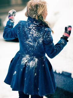 just radiates happiness I Love Winter, Winter Wear, Autumn Winter Fashion, Fall Winter, Quoi Porter, Warm Outfits, Winter Wardrobe, Winter Season, My Style