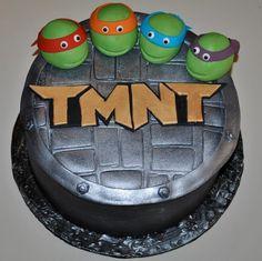 ninja turtle cake for Ben. Ninja Turtle Birthday Cake, Ninja Turtle Cupcakes, Turtle Birthday Parties, Ninja Turtle Party, Ninja Turtles, Birthday Ideas, Turtle Cakes, Tmnt Cake, Patterned Cake