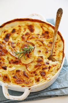 Garlic and Goat Cheese Potato Gratin – The best potato gratin I've ever made, and so easy! Deliciously rich and creamy, with melt-in-your-mouth potatoes and garlic! | thecomfortofcooking.com