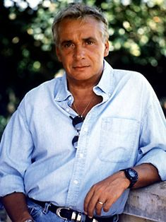 michel sardou French Pop, Extraordinary People, Music Bands, Mens Tops, Stars, Photography, Portraits, France, Inspiration