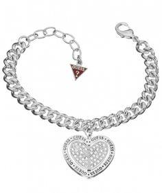 Nydelig armbånd fra Guess. Justerbar lengde fra 17cm til 21cm #smykke #guess #armbånd #hjertesmykke #hjerte #zendesign