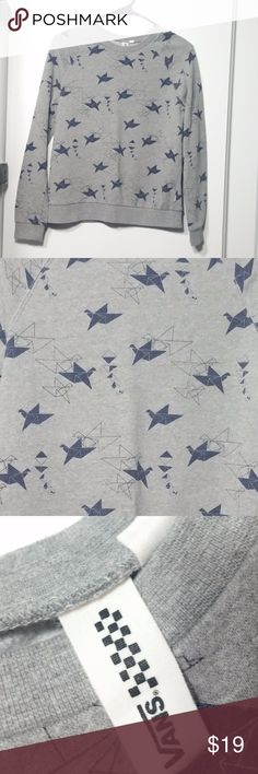 "VANS Origami Cranes Sweatshirt SMALL Gray Blue Cool Vans Crewneck Sweatshirt in Origami Cranes Print  Gray with Blue - Boxy fit, not fitted - Good, clean condition - Polyester, cotton  Juniors Small - Chest 36"" - Sleeves 24'"" - Length 24"" Vans Tops Sweatshirts & Hoodies"