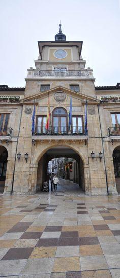 Ayuntamiento de Oviedo. Asturias, Spain.