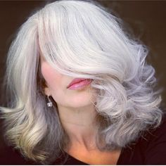 """Envy achieved: """"Excuse me miss, I think your hair is amazing.I told my wife she should let her hair grow out beautiful like yours. Grey Blonde Hair, Grey Hair Don't Care, Grey Hair Dye, Long Gray Hair, Lilac Hair, Pastel Hair, Green Hair, Blue Hair, Dyed Hair"""