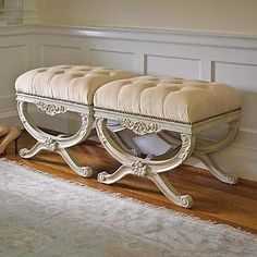 Lourdes Tufted Bench
