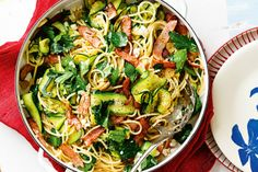 This speedy spaghetti is budget-friendly, high in fibre and extra tasty - Perfect!