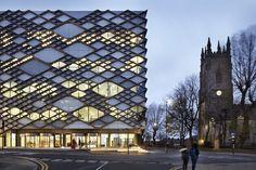 Twelve Architects' Diamond Building at Sheffield University -
