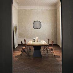 Exklusiv inredning från kända designers - Nordiska Galleriet Interior Lighting, Home Lighting, Lighting Design, Bedroom Light Fixtures, Kitchen Lighting Fixtures, Perriand, Luminaire Design, Modern Spaces, Light Fittings